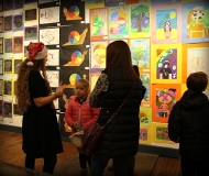 2017_LAS Children's Art Show_BEST_Kayla&Fam1B